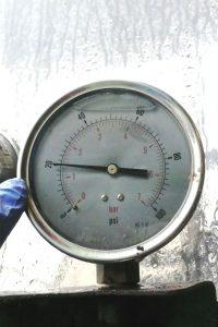 Faulty pressure gauge on a sprayer